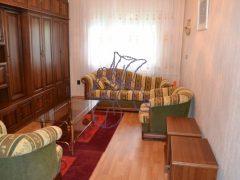 Debrecen, Simonyi út - Demanding flat next to tramline
