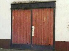 Debrecen, Poroszlay út - Garage is for rent close to Uni